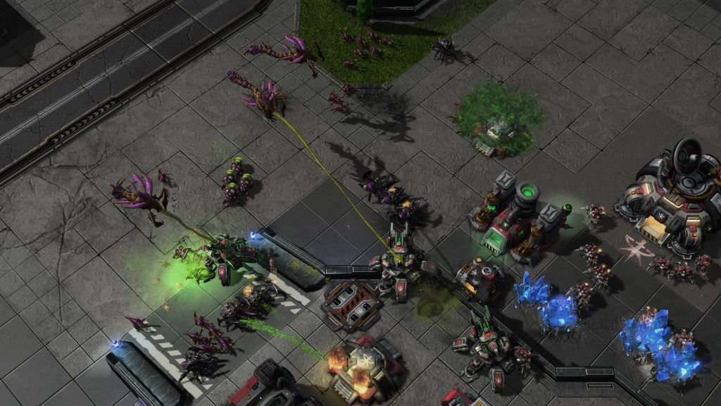 2419664-vipers_use_abduct_and_blinding_cloud_to_affect_the_battlefield_and_support_zerg_armies
